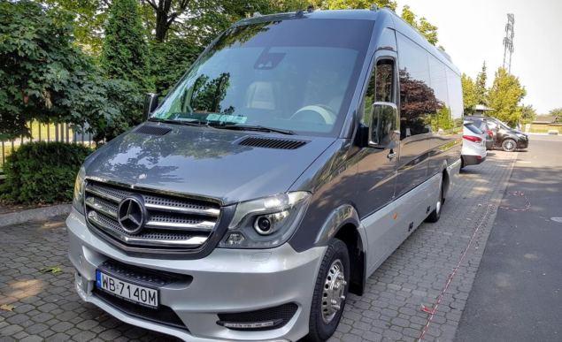 Mercedes Sprinter - wynajem busów warszawa
